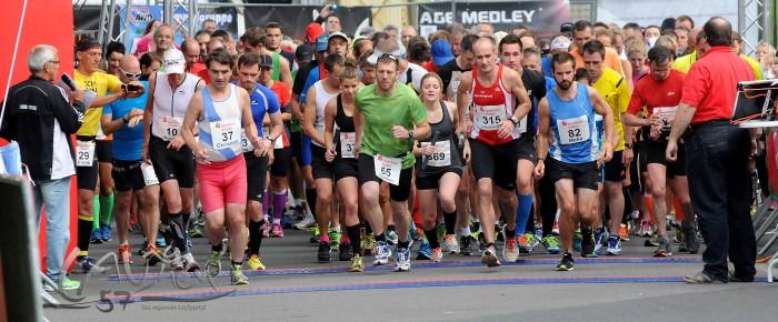 2. Siegener Sparkassen-Marathon mit Musik erzielt 12.000 €-Spende