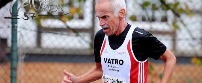 M65er Gerhard Schneider läuft Siegerlandbestzeit über 10 Kilometer
