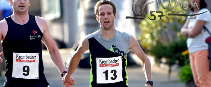 Ausdauer-Cup Friesenhagen: Markus Mockenhaupt und Tobias Lautwein Hand in Hand
