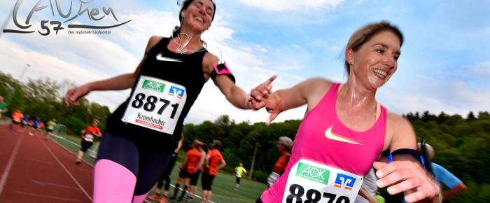 8. Siegener Halb-/Stundenlauf: Beste Stimmung auf der Glück-Auf-Kampfbahn