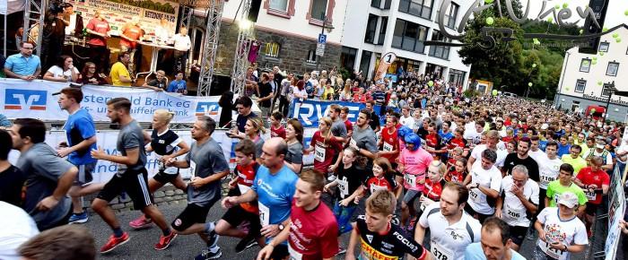 Betzdorf feiert großes Läuferfest beim 6. Westerwälder Firmenlauf 2016