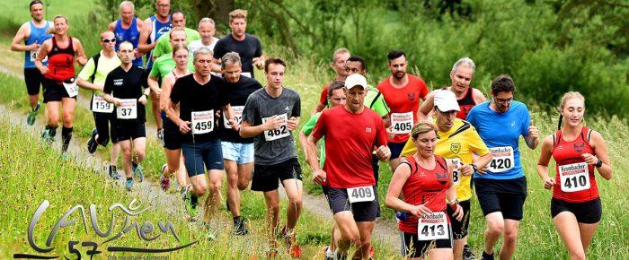 451 Starter beim 28. Deuzer Pfingstlauf – Eyob Solomun und Tina Schneider gewinnen über 15 Kilometer