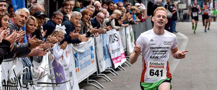 Jonas Winkel spurtstark zum Sieg beim 15. Wissener Jahrmarktslauf