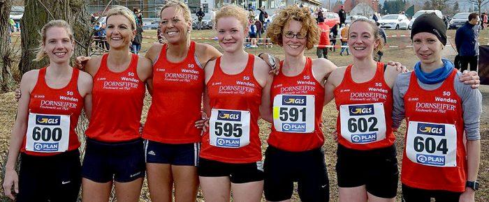 Frauen-Mannschaft der SG Wenden holt Titel bei den Deutschen Crosslauf-Meisterschaften in Ohrdruf