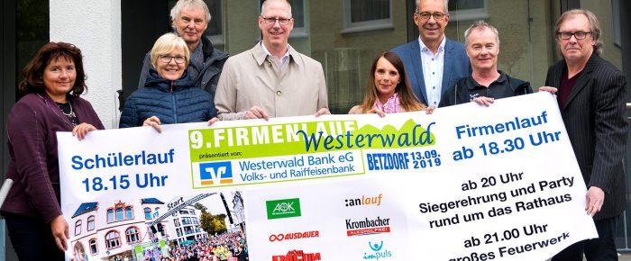 9. Westerwälder Firmenlauf 2019 in Betzdorf lockt mit großem Feuerwerk