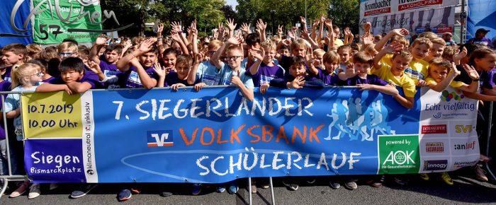 7. Siegerländer Volksbank-Schülerlauf –  7000 beim Run in die Ferien